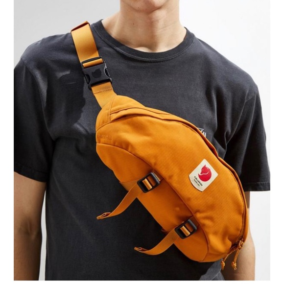 cdc9827e0bd8 Fjallraven : Ulvo Hip Pack Large (mustard) NWT
